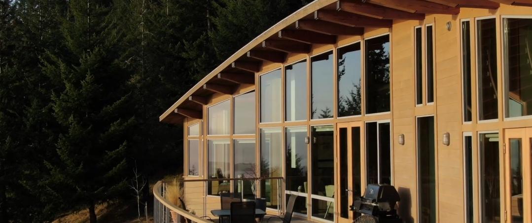 8 Interior Design Photos vs. 459 Anna's Dr, Salt Spring Island, BC Home Tour
