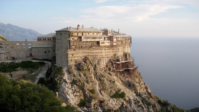 Gunung Athos, Tempat Suci yang Tidak Boleh Didatangi Wanita