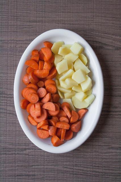 Vellutata di carote e patate, ricetta per lo svezzamento del bambino step 2