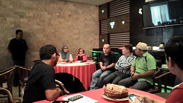 pengumuman Sepetang Bersama Blogger & Yeos 2015
