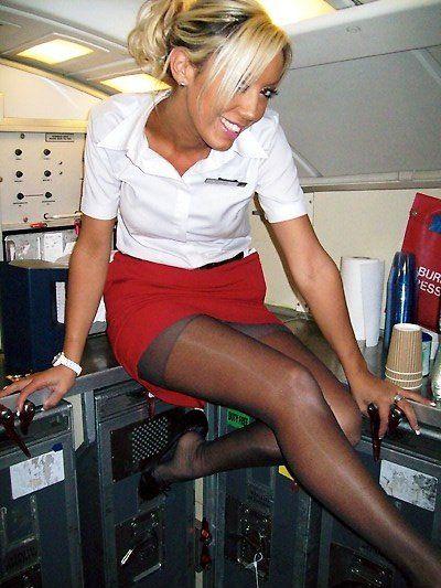 Между ног у стюардессы видео, сборники окончаний в рот не вынимая