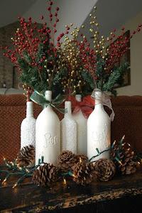 centro de mesa de navidad elaborado con botellas recicladas