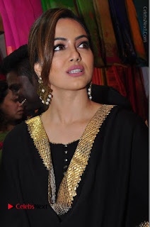 Bollywood Actress Sana Khan Launches Aakrithi Exibition  0116.JPG