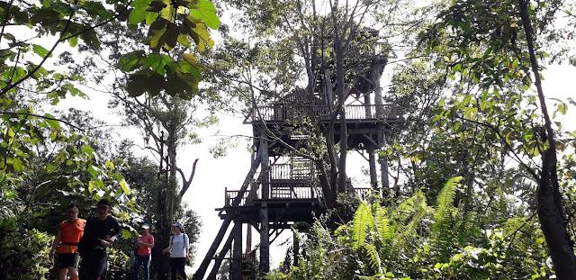 Menara Pemerhati Bukit Sapu Tangan