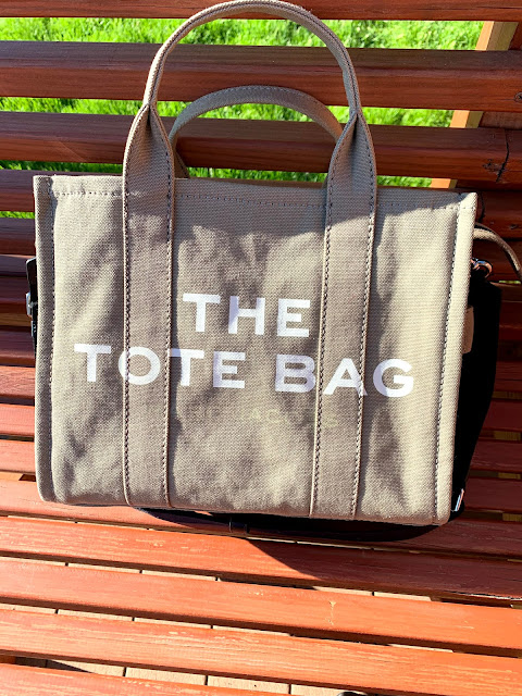 MY NEW BABY: Marc Jacobs Small Traveler Tote Review | Festively Faith