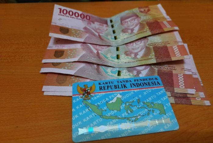 Rekan Semua Cek Nik Ktp Di Dtks Kemensos Go Id Untuk Dapat Uang Bst Rp300 Ribu Dari Kemensos Sekarang Bansos Indonesia