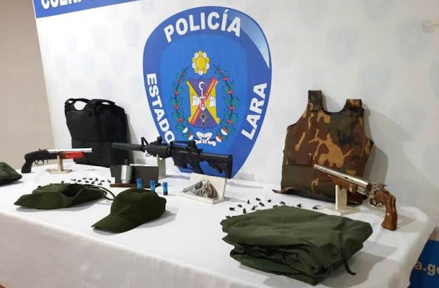 CAPTURADOS EN URDANETA EXTORSIONADORES CON UNIFORME MILITAR