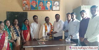 Shahapur (Badlapur Vikas Media): Narsu Gaman Ganda, who was unanimously elected to the Gram Panchayat office on January 3, has been elected unopposed as the sarpanch of Kanadi Gram Panchayat in Sogav Zilla Parishad.      The position of sarpanch of the Kandi Gram Panchayat with a membership of 1 member was vacant. Sarpanch was elected to the Kandi Gram Panchayat office today. Narsu Gawanda has been elected unopposed as the only candidate for the post of Sarpanch. Kiran Nimse had suggested the name for the application for the post of Sarpanch of Narsu Gawanda.       A special meeting was held for the election of sarpanch. Board Officer K, as the Teaching Officer for the meeting. Anna was Yale.Damsay.       When Narsu Gawanda was elected unopposed as the sarpanch of the Kandi Gram Panchayat, Subhash Harad Sir, a group leader of the Shahapur Panchayat Committee, felicitated Narsu Gawanda. Kiran Nimse, Brother Harad, Shivram Gawanda, Kashinath Mengal, Kalpesh Harad, Daulat Shid, Member Vimal Mengal, Sangeeta Gavanda, etc. were present on this occasion.