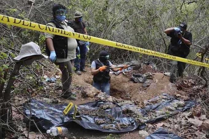 Mil 300 fosas clandestinas han sido encontradas en México