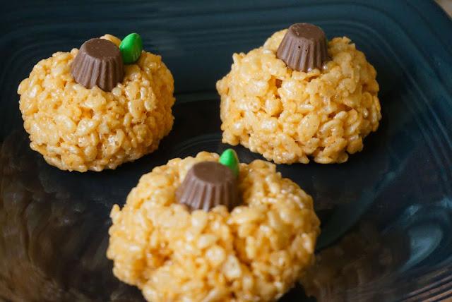 Easy Rice Krispie Treat Pumpkins