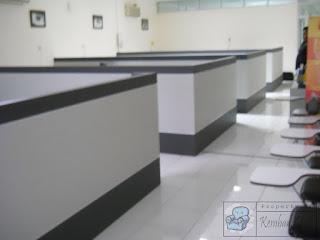 Sekat Ruang Kantor Minimalis Praktis CSekat Ruang Kantor Minimalis Praktis Cukup Diletakan Di Ruanganukup Diletakan Di Ruangan