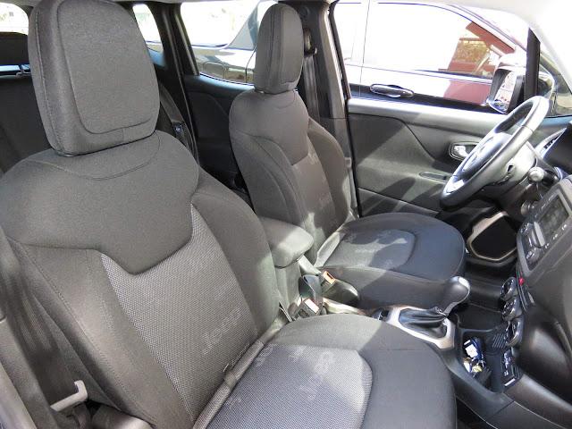 Jeep Renegade 2016 Flex Longitude Automático - interior