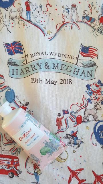 creme-mains-tote-bah-wedding-harry-meghan