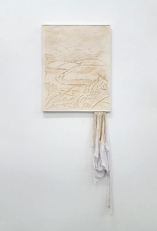 Tobias Gerber Ziel, 2019 plaster, cotton 53 x 42 cm