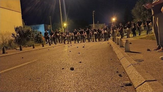 Vlada: Napad na policijsku uniformu je napad na državu