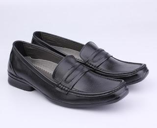 grosir sepatu kerja pria,sepatu kerja hitam tanpa tali,gambar sepatu kerja pegawai bank,sepatu kerja guru pria murah,toko online sepatu kerja bandung,sepatu kerja kulit asli
