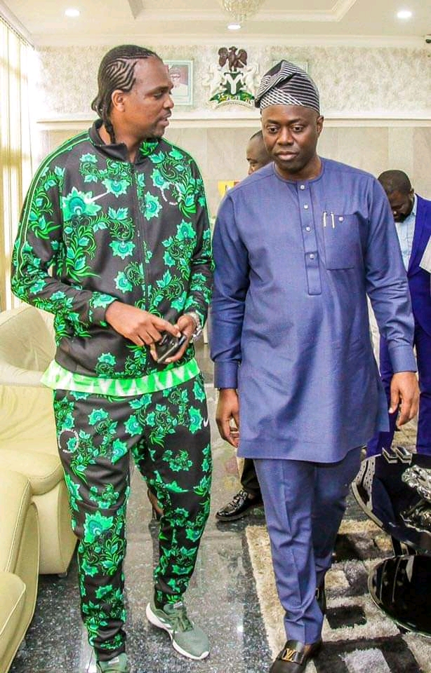 Ex Supper Eagles Player, Kanu Nwankwo Meets With Governor Seyi Makinde, Talk Directions To Take State-owned Football Clubs
