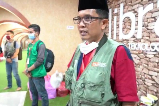 Bawa Ratusan Liter Disinfektan ke Bone, Relawan FTI UMI Bakal Semprot Desa Asal Pasien Positif