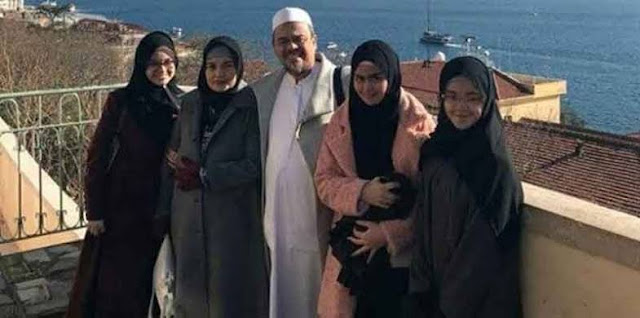 Pulang 10 November, Habib Rizieq Nikahkan Putrinya, Syarifah di Markas FPI