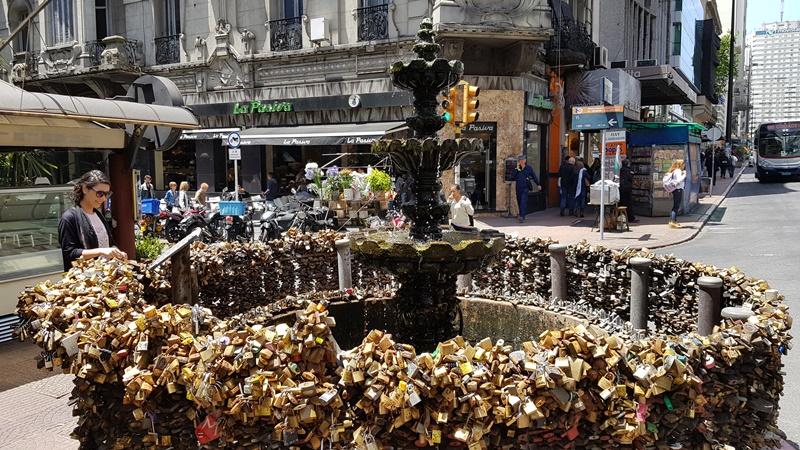 Fonte dos cadeados, Montevidéu - Uruguai