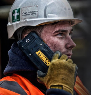 DeWalt MD501: Νέα είσοδος στα υπερανθεκτικά smartphones με υποστήριξη ασύρματης φόρτισης
