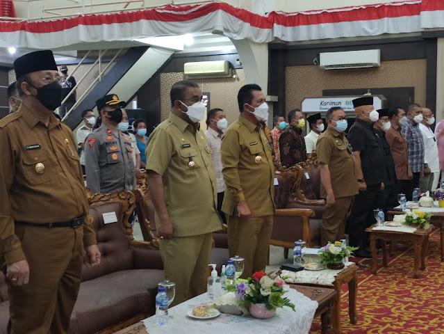 Luncurkan Bansos di Karimun, Gubernur Ansar : Hadapi Pandemi Covid-19 Lakukan Tiga Program Besar