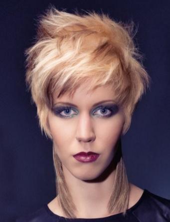 Más de 1000 ideas sobre Pelo Corto En Capas en Pinterest Pelo  - Peinados Con Pelo Corto En Capas
