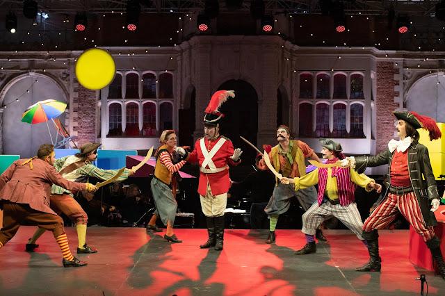 Gilbert & Sullivan: The Pirates of Penzance - Frederick Long, Richard Burkhard, John Savournin- Opera Holland Park, Charles Court Opera (Photo Ali Wright)