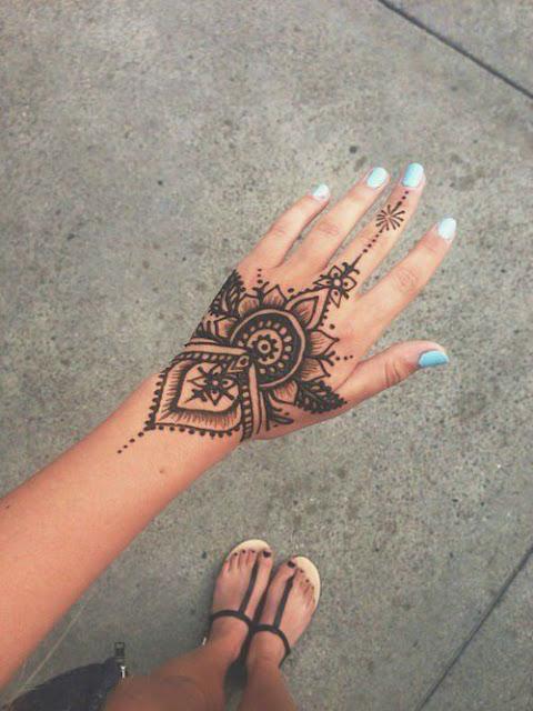 Unique Henna Tattoos For Women