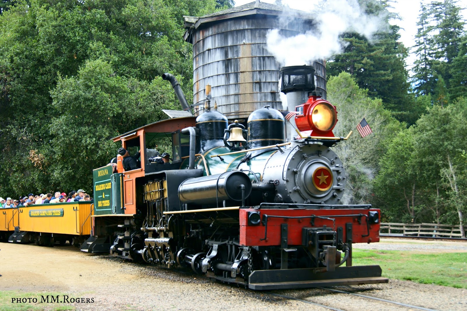 Nov 09, · Ride through the Santa Cruz redwood forests aboard a steam locomotive on this alternative sightseeing tour, a great choice for travelers with limited time. Guarantee access to the popular and often sold-out Roaring Camp Steam Train by booking in advance, and personalize your itinerary by choosing /5().
