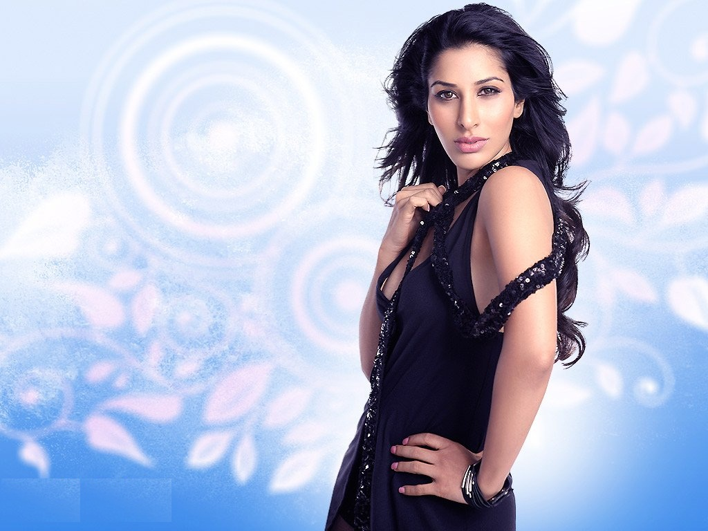 Sophie chaudhary bollywood celebrity wallpapers - Free wallpaper celebs ...
