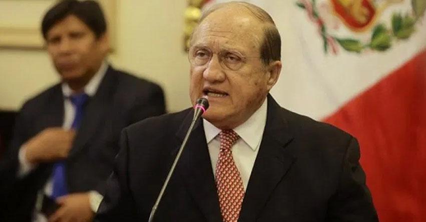 Nuevo Ministro de Educación sería Fernando Antonio D'Alessio Ipinza [MINEDU]