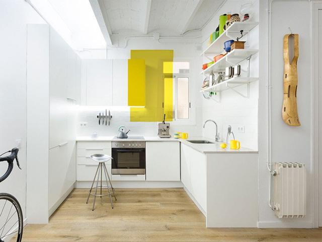 phòng bếp màu trắng