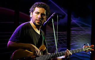 El Bajista Leo Villagra en el Magic Music Box de Tucumán - Argentina / stereojazz