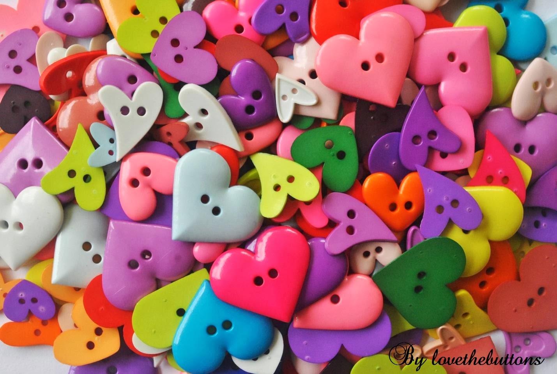 LoveTheButtons : LOVETHEBUTTONS : HEART BUTTONS SERIES!!!