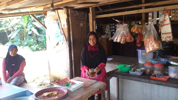 Berkah Pedagang Nasi Uduk di Lokasi TMMD Ke-112 Tahun 2021 Kodim Depok
