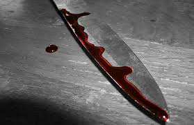 Lady stabs boyfriend over pregnancy abortion.