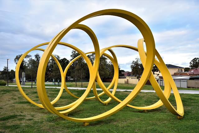 Beverly Hills Public Art | Canal to Creek sculpture by Dan Templeman