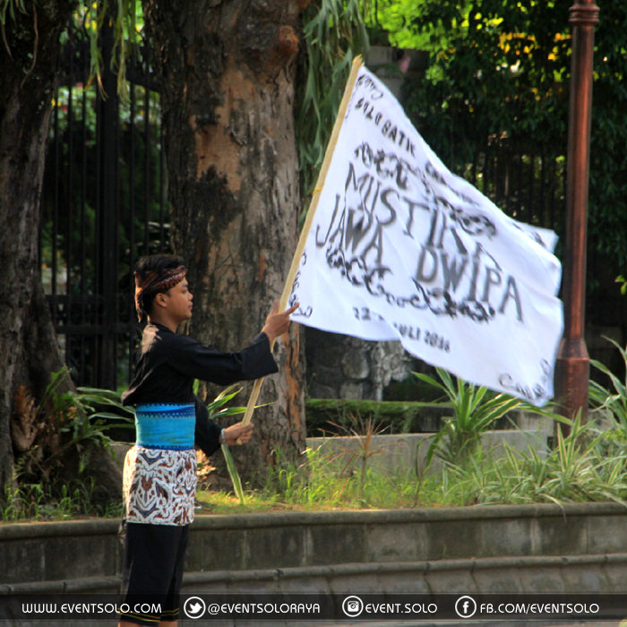 Solo Batik Carnival Mustika Jawa Dwipa
