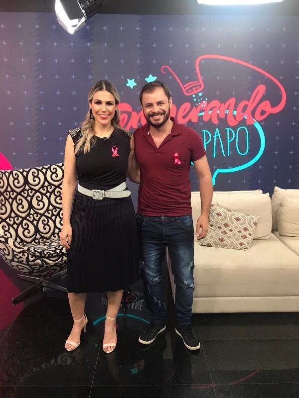 Adriano Arbol abre o jogo sobre seus trabalhos em programa de TV