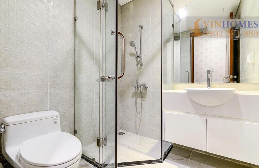 Landmark 5 Vinhomes Central Park cho thuê căn hộ 2 phòng ngủ - phòng tắm