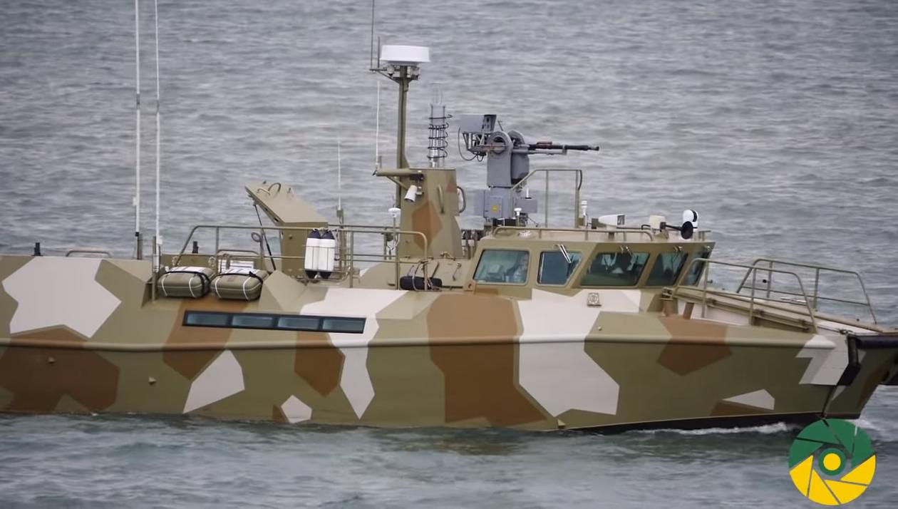 перехід пошуково-рятувального судна А500 «Донбас» та морського буксиру А830 «Корець» до порту Маріуполь