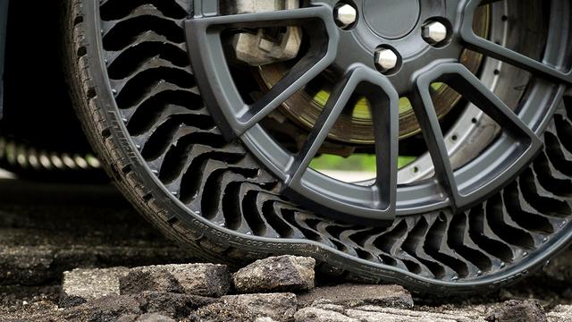 Michelin, GM lançando pneu sem ar à prova de furos