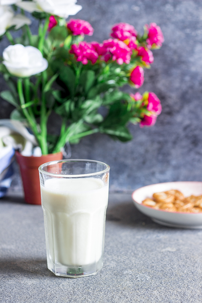 Soya milk made from dried soya beans