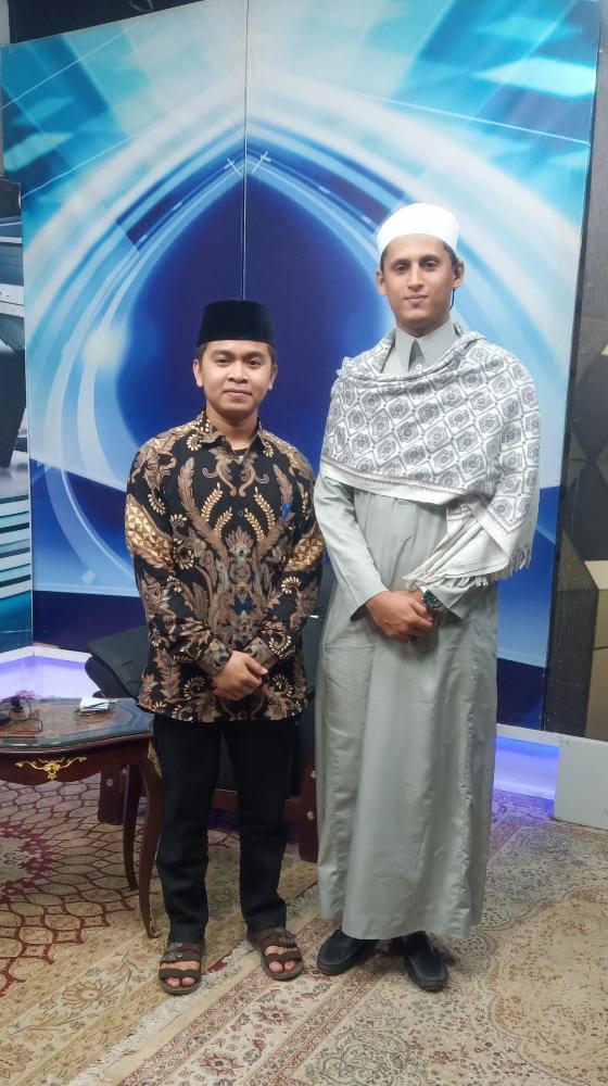 Membanggakan, Warga KM-NTB Diundang Membaca Al Qur'an di Stasiun TV Mesir