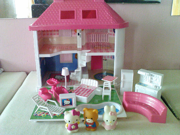 Pinky Kitty Dream House