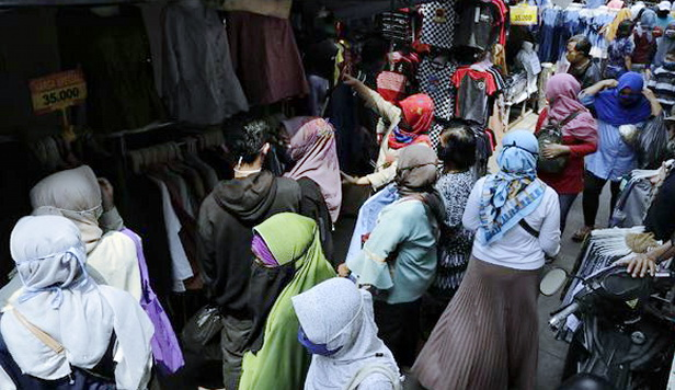 Yuri Tegaskan Tak Ada Larangan Warga Pergi ke Pasar