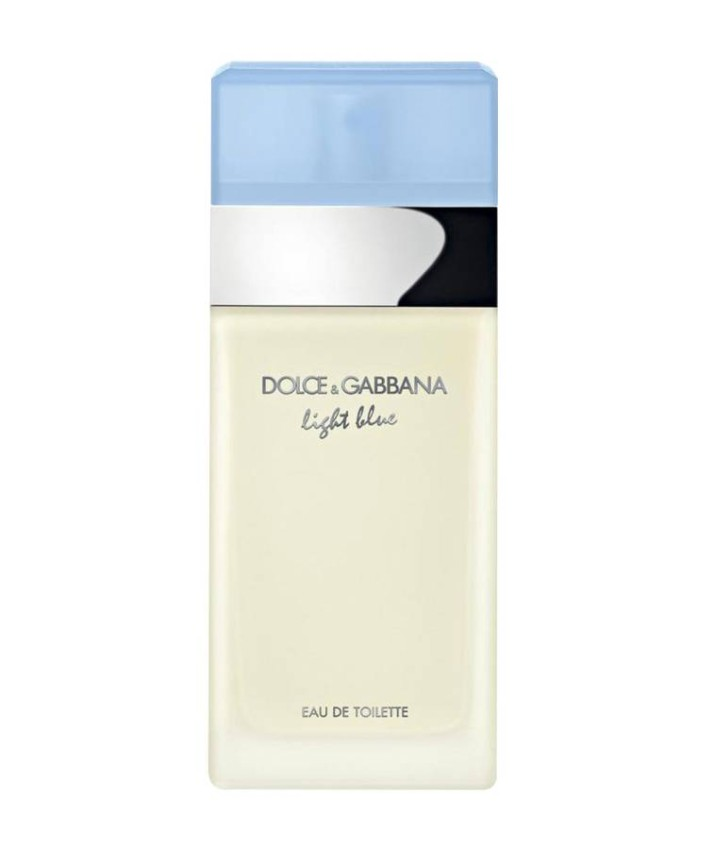 Light Blue perfume by Dolce & Gabbana Fresh fragrances have always been the best to wear in the workplace, such as Dolce & Gabbana Light Blue, a fruity floral fragrance for women with a citrusy touch, of a blend of Sicilian lemon and apple, and an emphasis on bamboo and jasmine, with a base of musk, amber and cedarwood, for an intense touch. sweet.