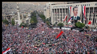 [BELAJAR DARI SURIAH..] Warga Suriah Berkumpul Dukung Bashar Assad