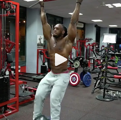 Ulisses JR Abs exercice